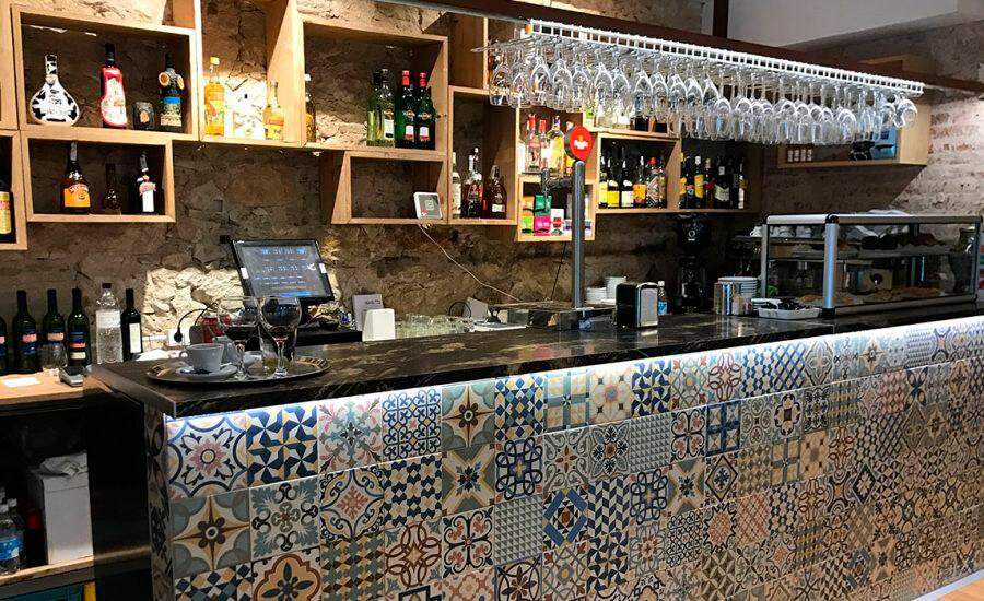 Restaurante La Grotte